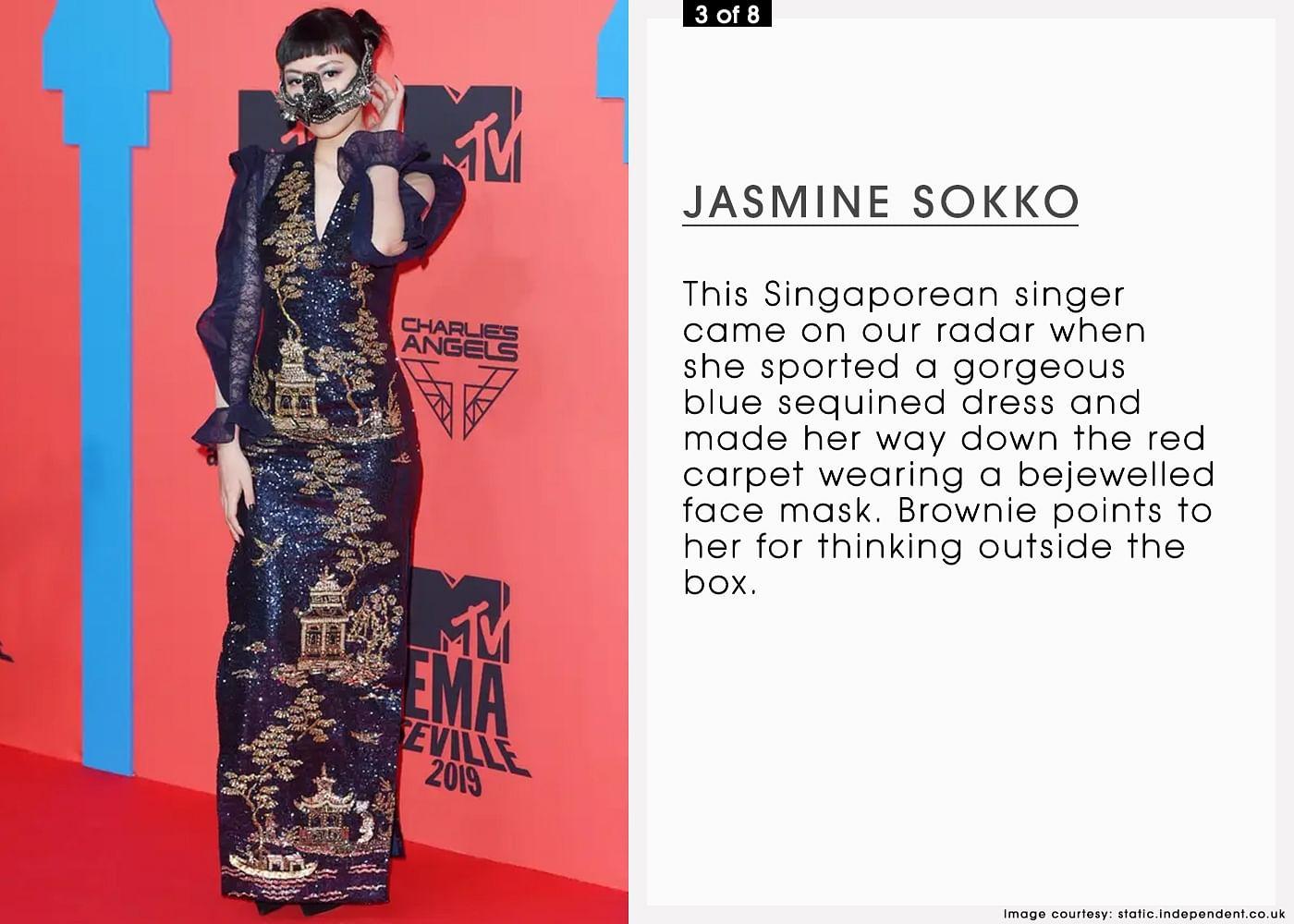 05NOV19 8 LOOKS MTV EMAs MOB 3