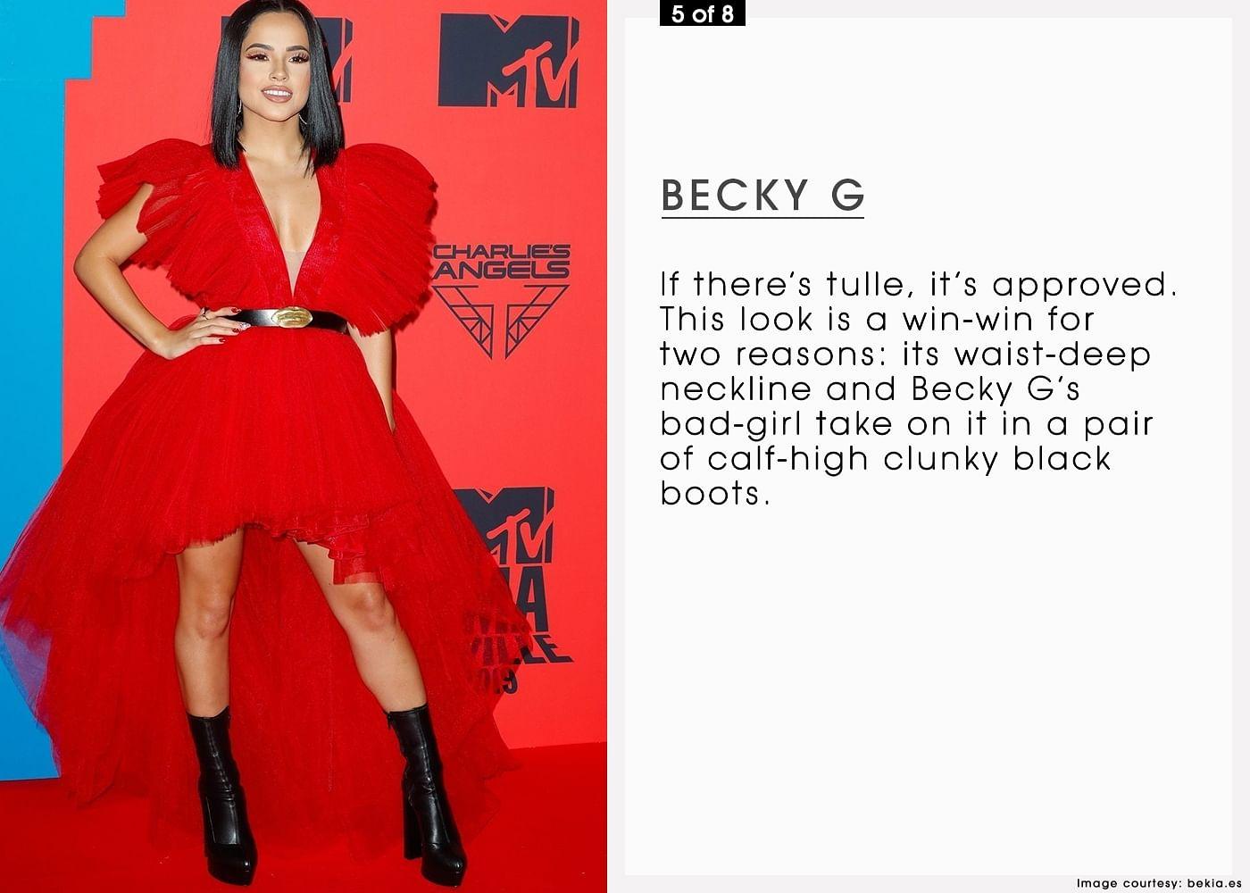 05NOV19 8 LOOKS MTV EMAs MOB 5